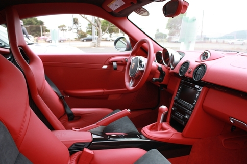 This Cayman R's interior makes the GT2 RS's red interior accents look subtle. Photo by Damon Lowney
