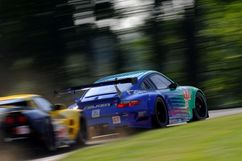 Falken RSR qualified over a second slower than Flying Lizard Motorsports' RSR. Photo: Bob Chapman
