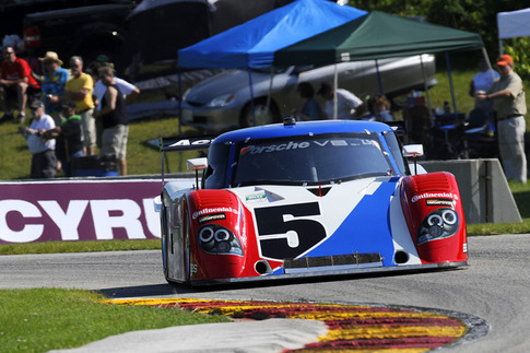 "Turn 7 into the ""Hurry Downs"" at Road America. Photo by Bob Chapman/AutosportImage.com"