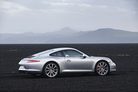 Porsche to start taking orders for new 911 on September 1 2