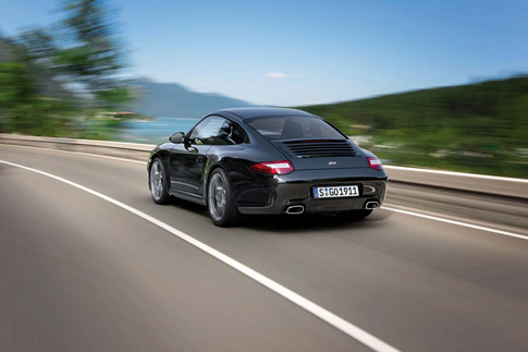 Porsche announces 911 Black Edition 6