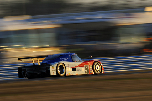 Photo by Bob Chapman/AutosportImage.com