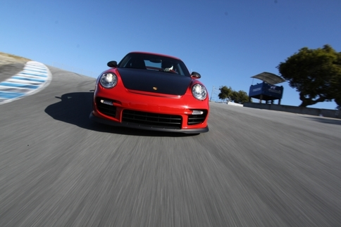 Video: GT2 RS vs. GT3 RS 3