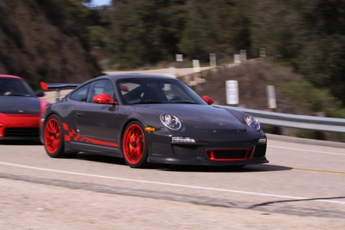 Video: GT2 RS vs. GT3 RS 8