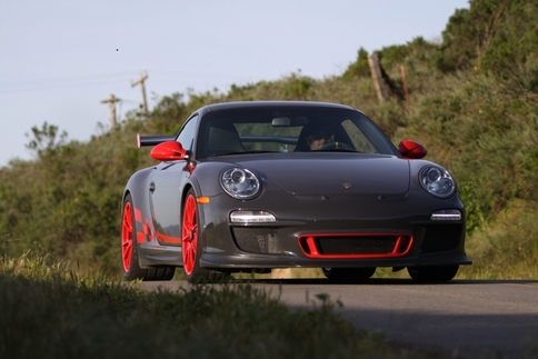 Video: GT2 RS vs. GT3 RS 9