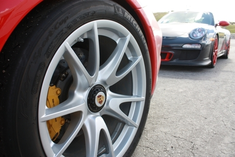 Porsche recalls 1,702 911s equipped with center-lock wheels 1