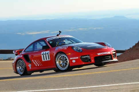 Zwart back at Pikes Peak in GT2 RS 4