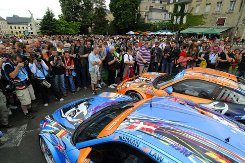 2011 24 Heures du Mans - Thru the Lens 1