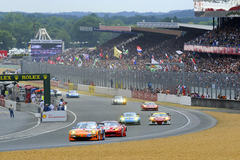 2011 24 Heures du Mans - Thru the Lens 24