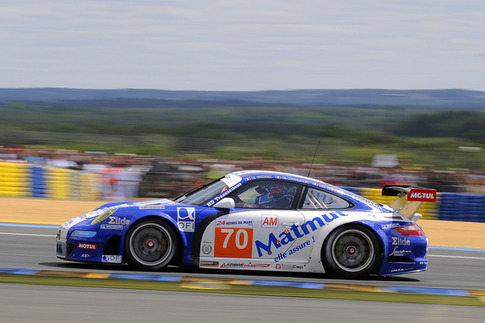70 Larbre Competition – Belloc, Bourret, Gibon (GTE-Am): Exit of Dunlop Chicane