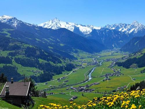 Csm sommer aussicht landschaft panorama tal  archiv tvb mayrhofen  foto paul suerth  7f5131dd54