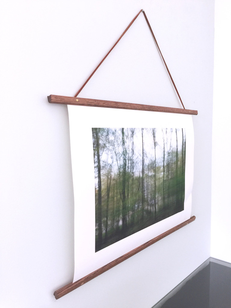 Cheap wooden poster frame