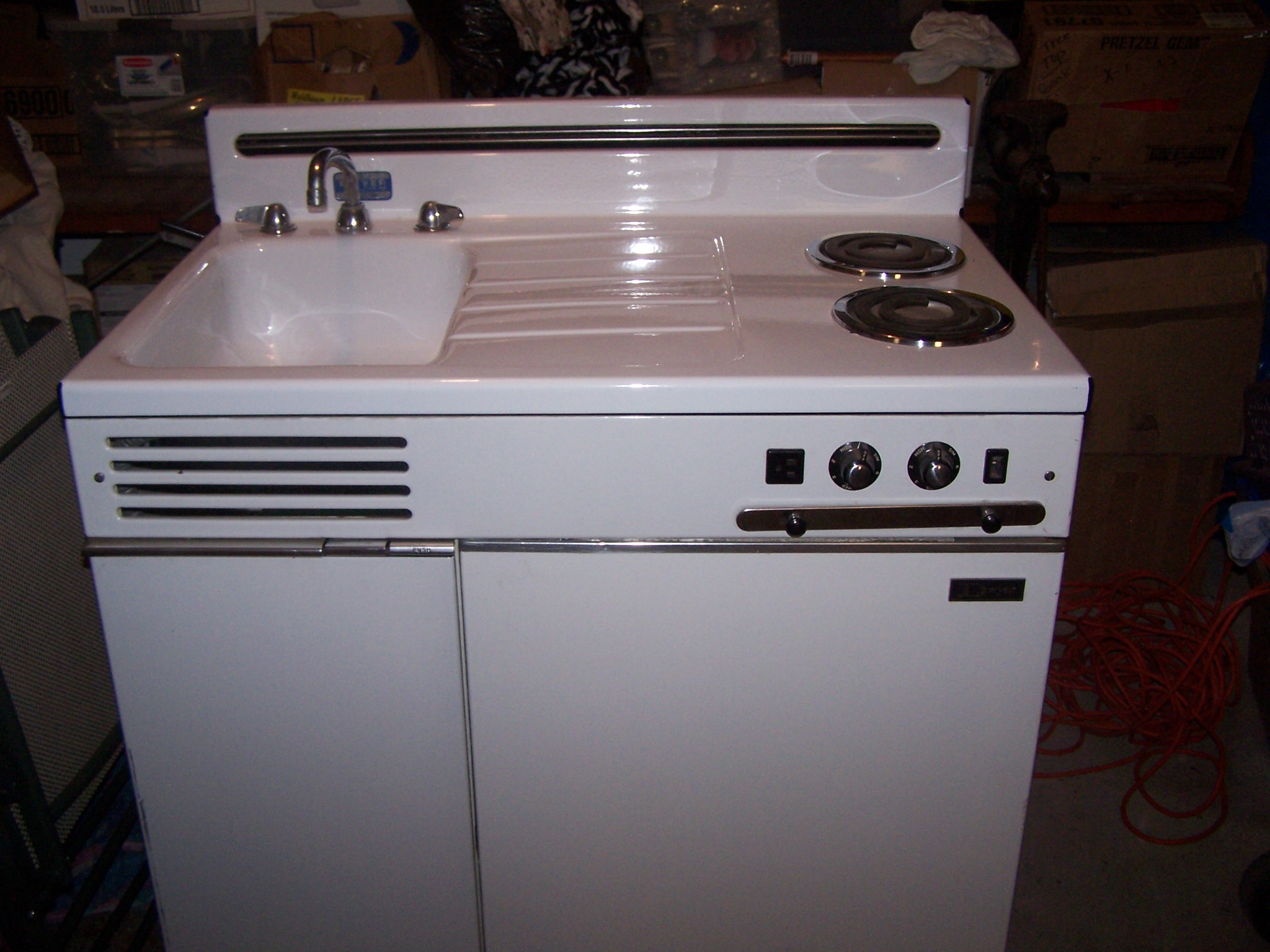 I have a dwyer all in one kitchen unit circa 1950 it has for Kitchen units