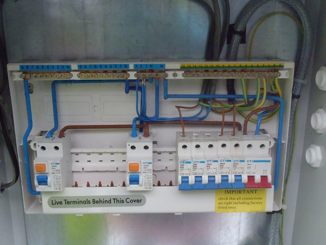 Wiring a british general garage consumer unit wiring center amazing garage consumer unit wiring diagram images everything you rh ferryboat us wylex consumer unit slim asfbconference2016 Image collections