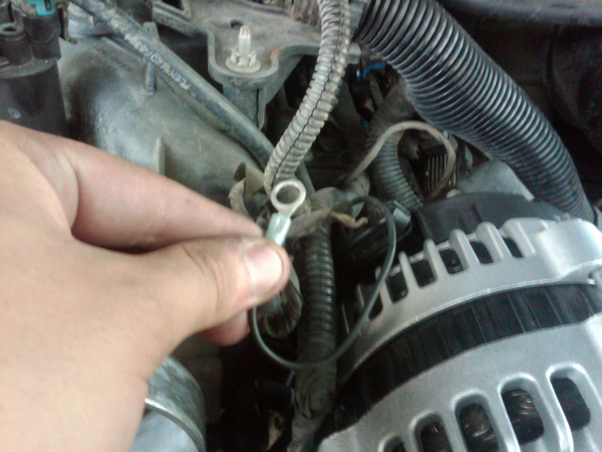 2002 Chevy Tahoe Z71  Changing  One Wire Goes  Clip Connector
