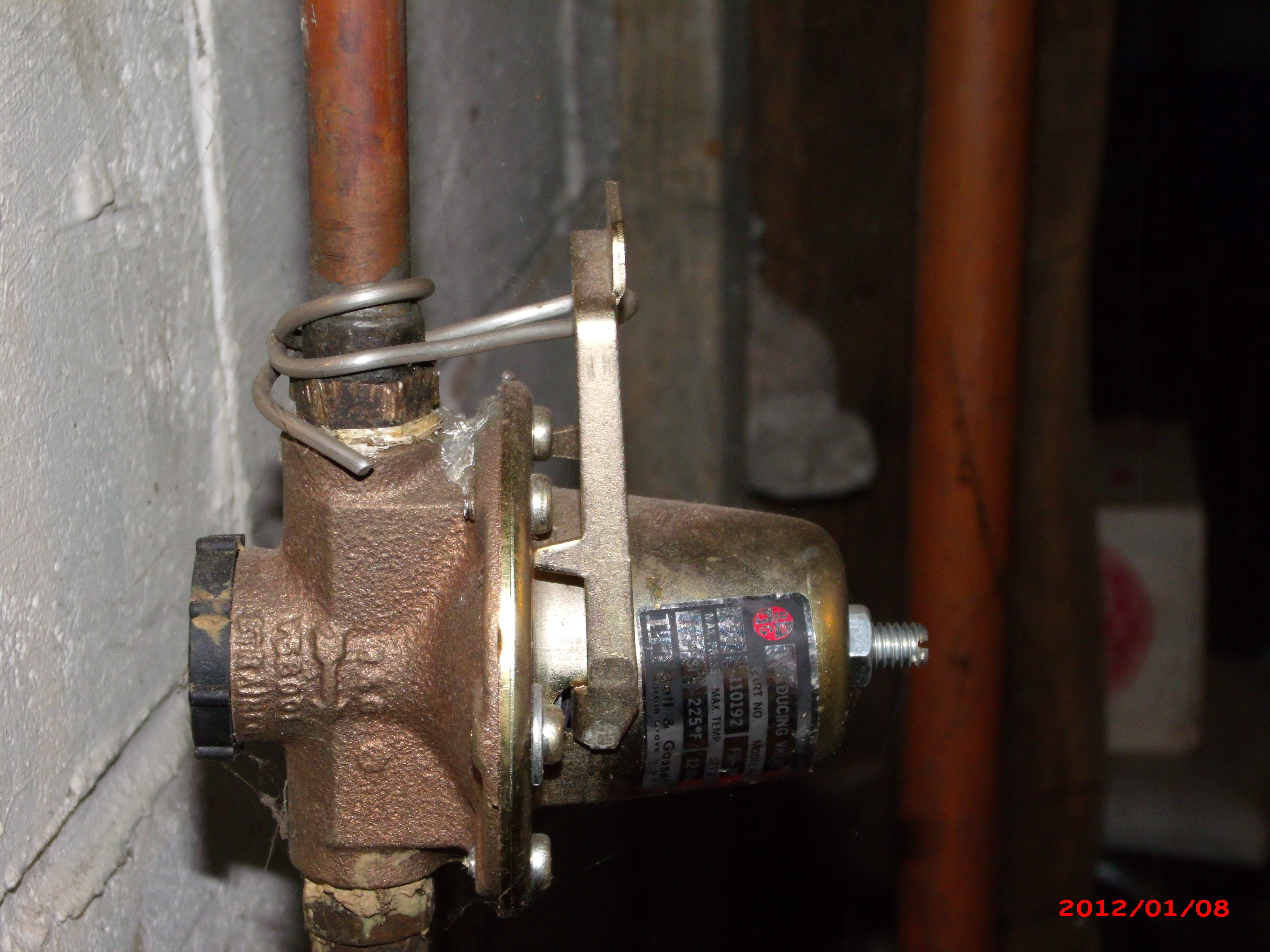 have a hot water baseboard heating system. The zone valves #C30809