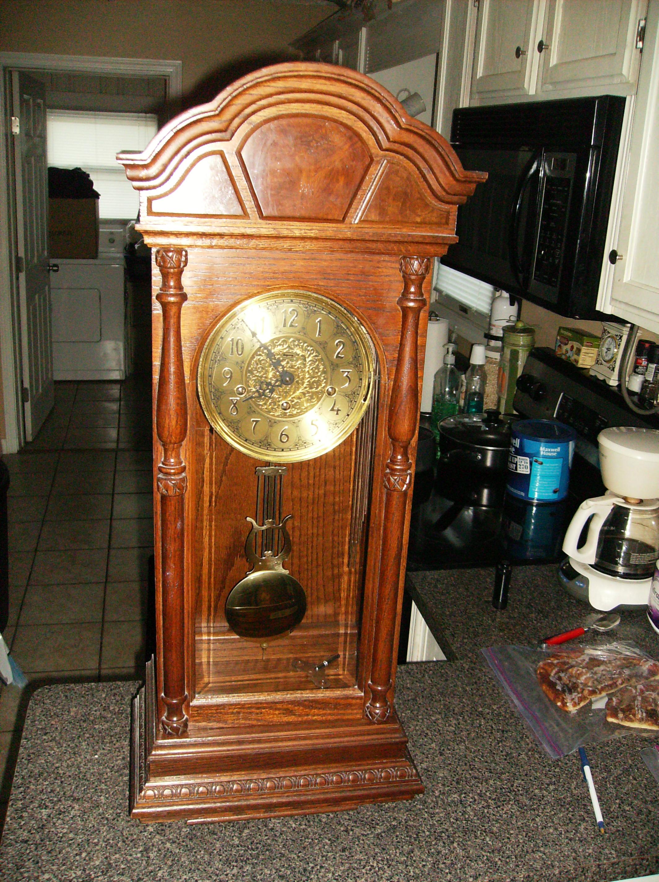 Ridgeway Key Wind Wall Clock With Pendulum From Gravely