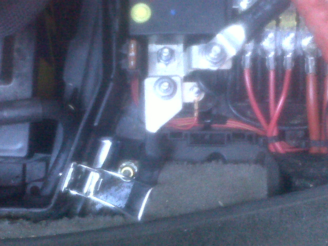 Battery Meter Reads New Car Battery At Under  Volt