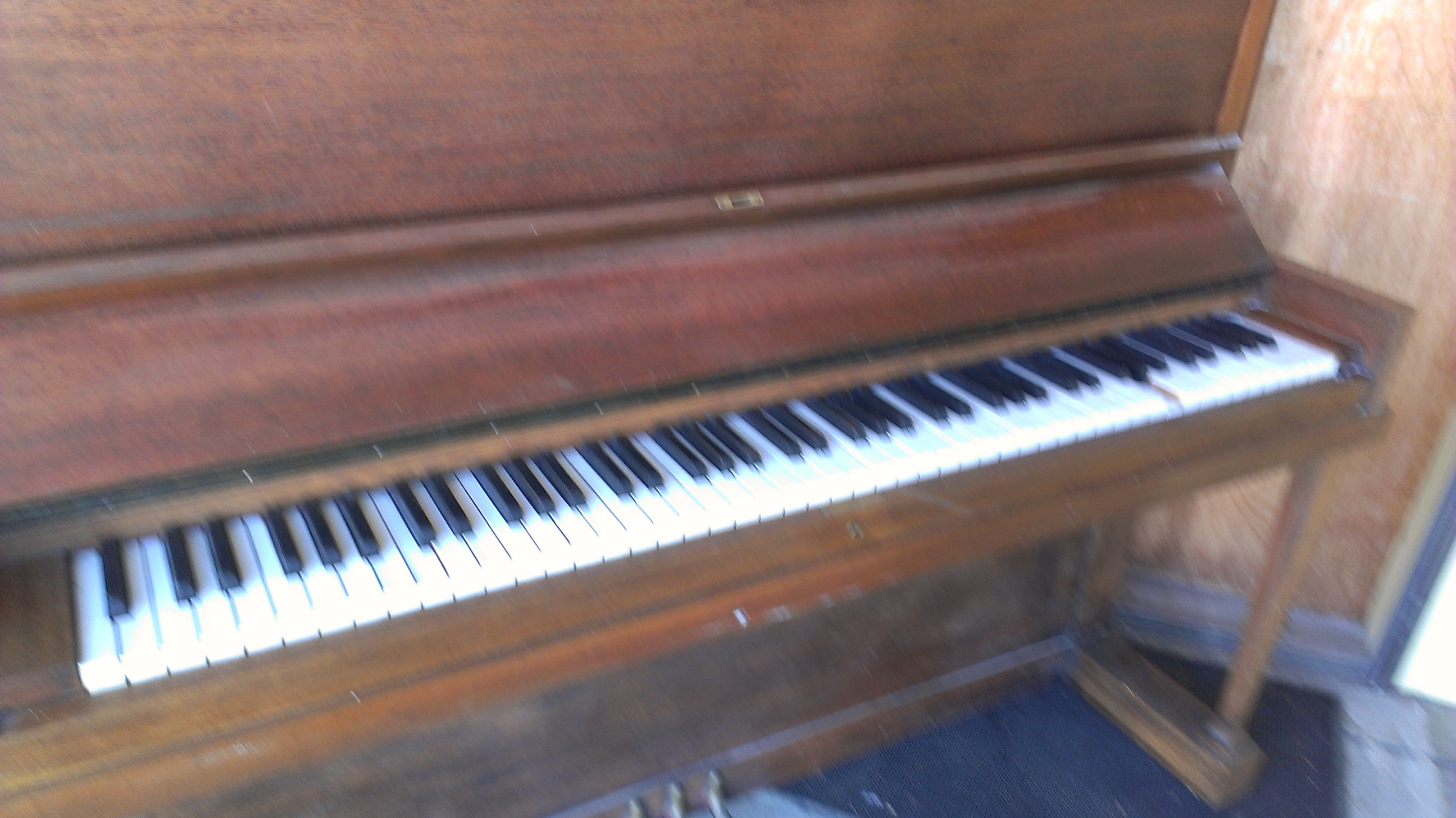 how to tell what year my heintzman upright piano is