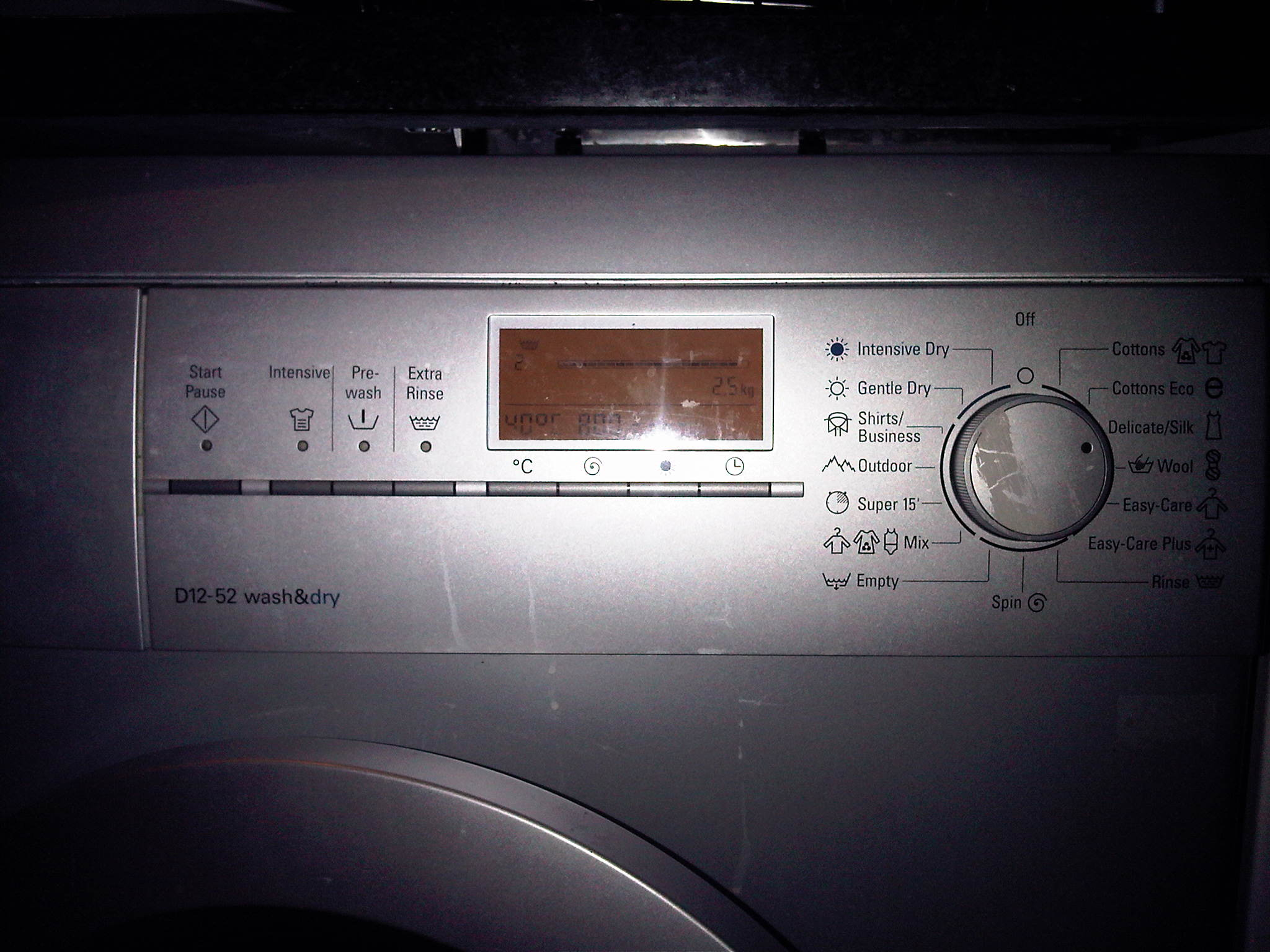 my siemens d12 52 wash dry machine is flashing f 16 and there. Black Bedroom Furniture Sets. Home Design Ideas