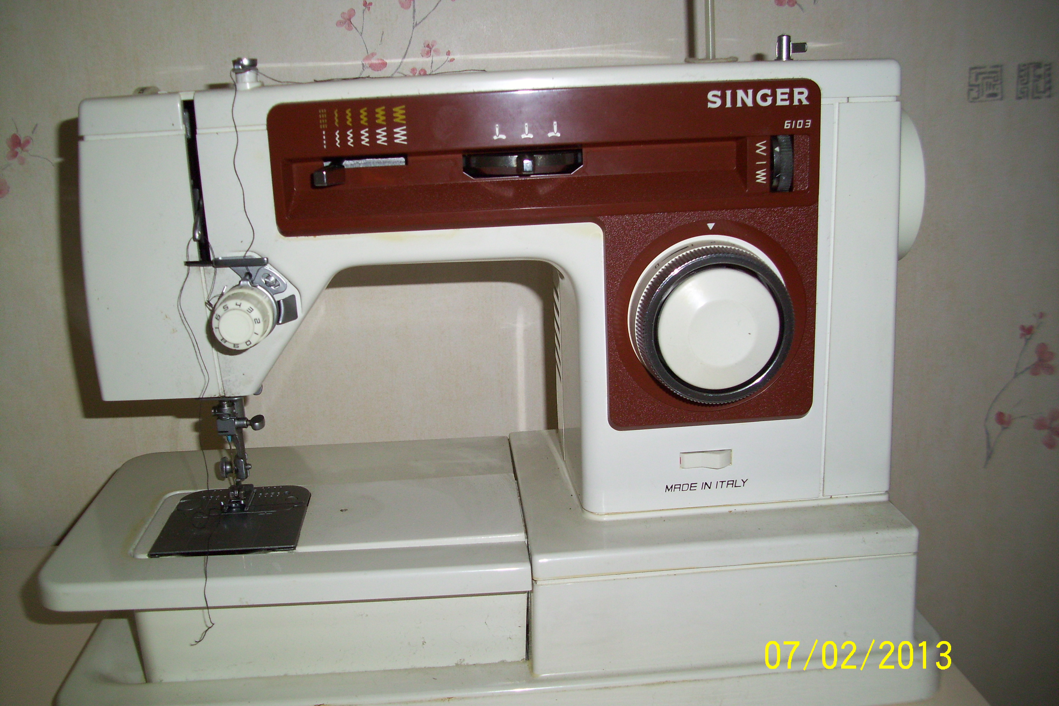 value of 100 year singer sewing machine