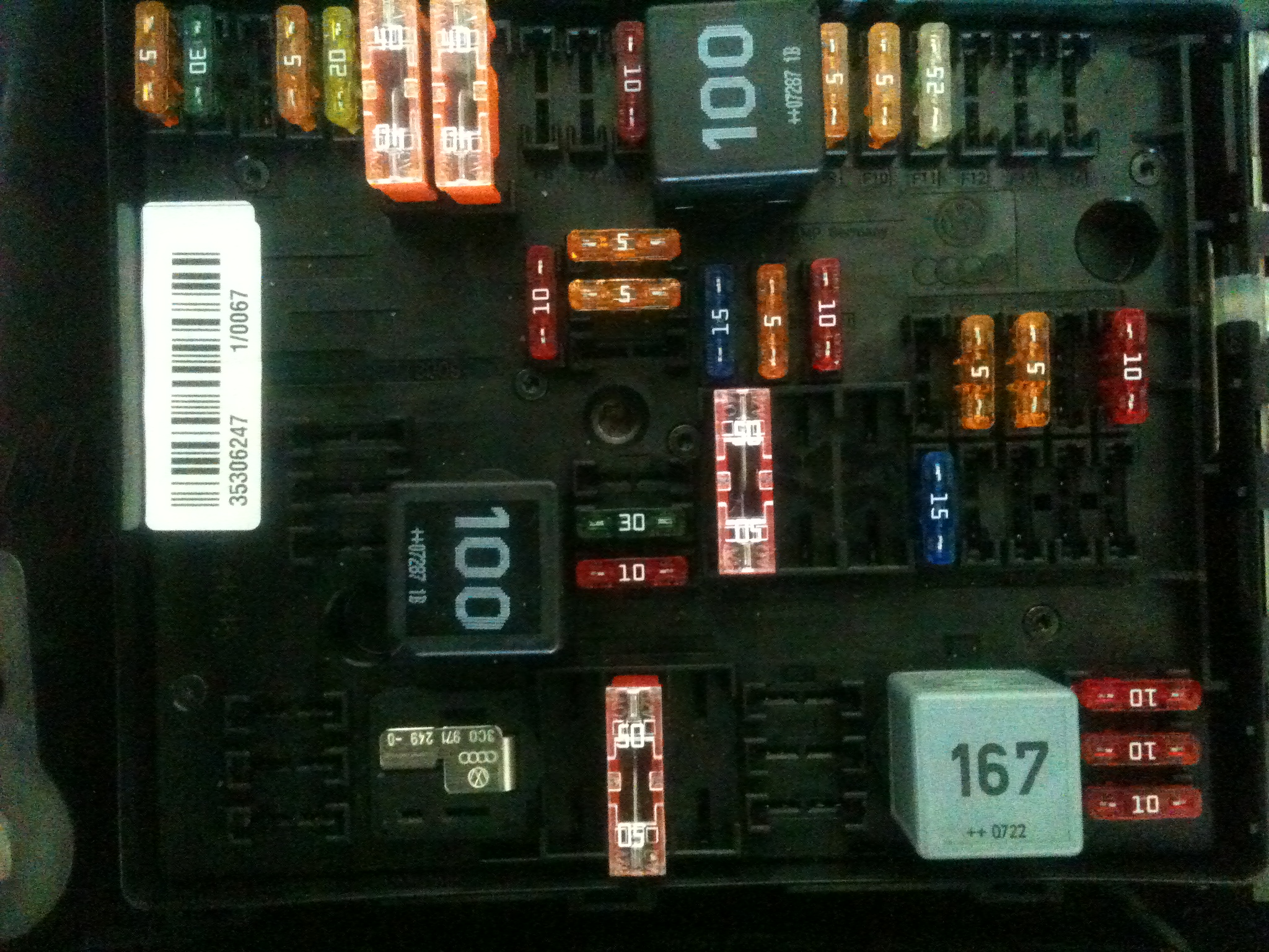 Volkswagen 2008: I just removed a 20 amp fuse from panel B