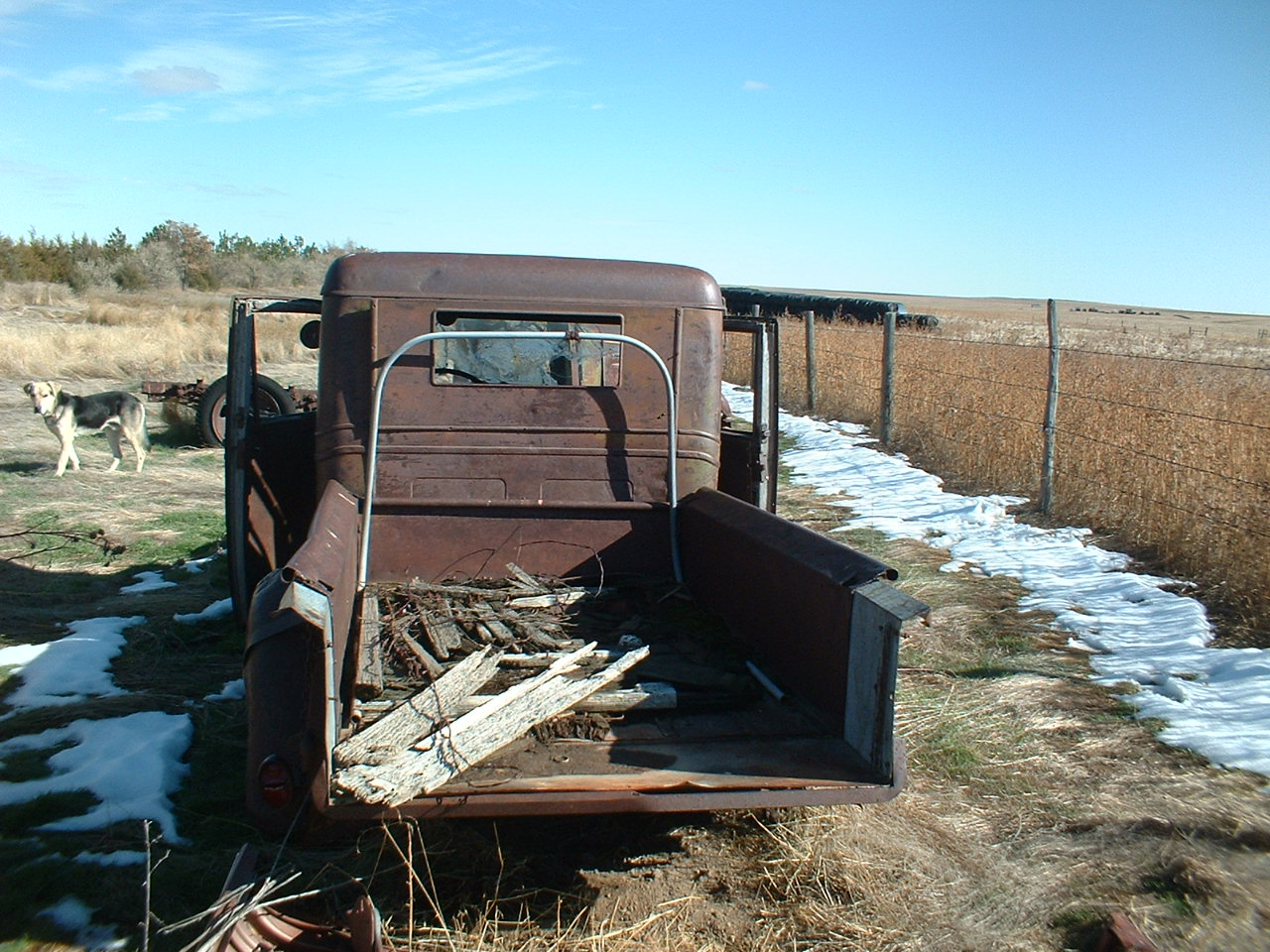 1933 Chevy Truck Parts http://www.justanswer.com/classic-cars/5oum5-need-price-1933-chevy-pickup-not-restored-price.html