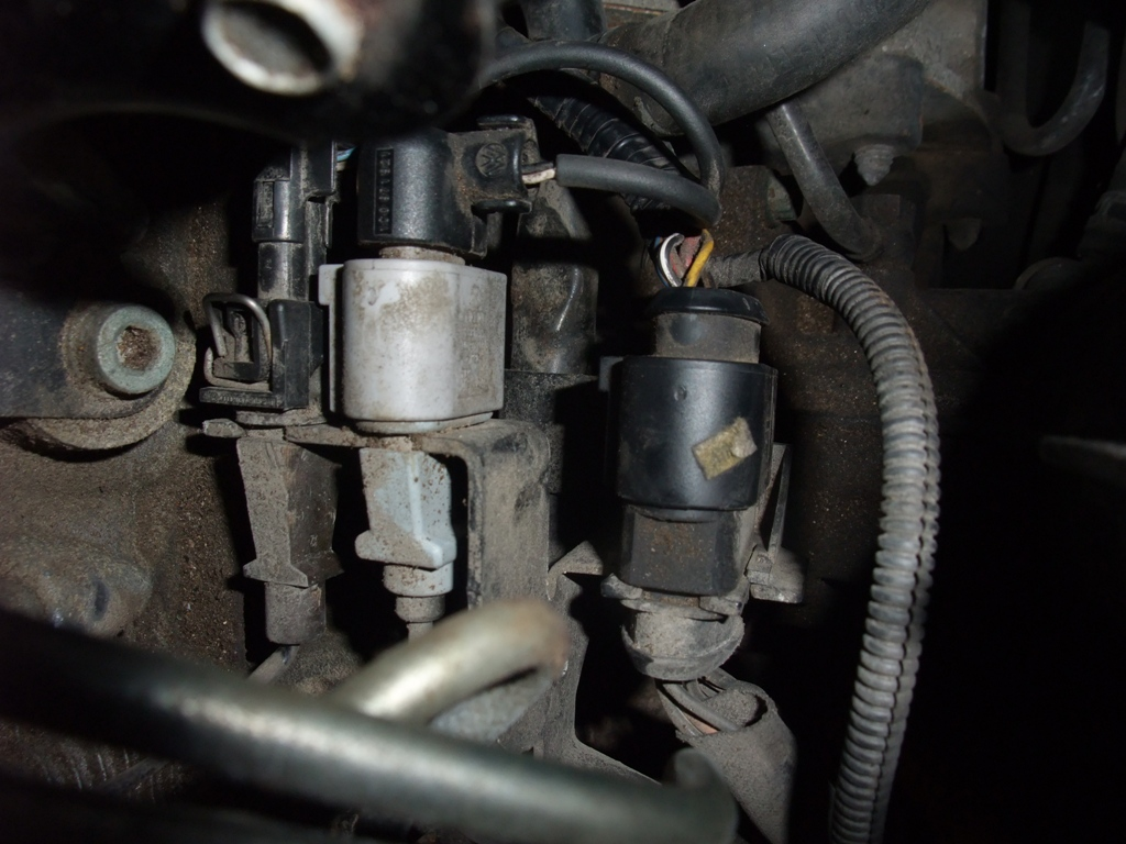 Carrier Furnace Limit Switch Location additionally Volkswagen Wiper Motor Wiring Diagram also 2005 Jeep Wrangler Tj 24l Engine Diagram in addition Chevy Cruze Air Conditioning Wiring Diagrams moreover Vwd1. on vw jetta fan relay