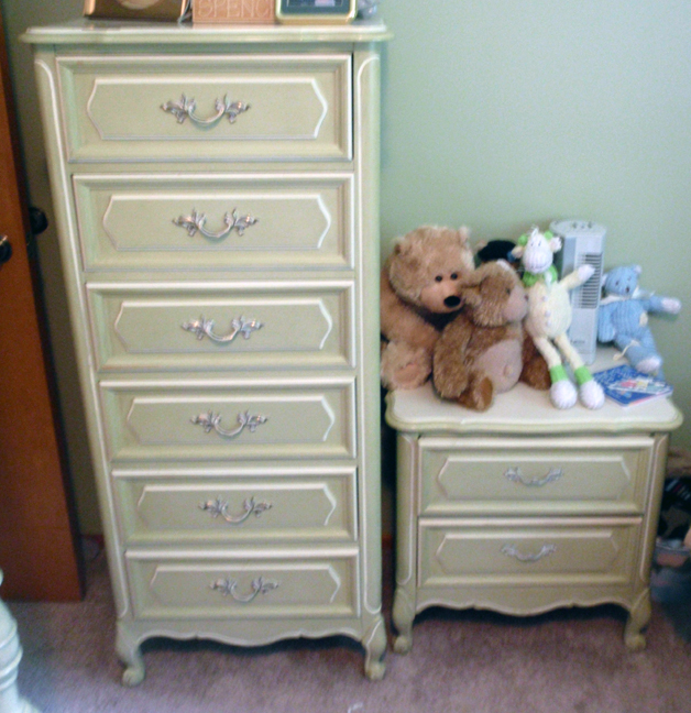 This is the tall dresser and nightstand