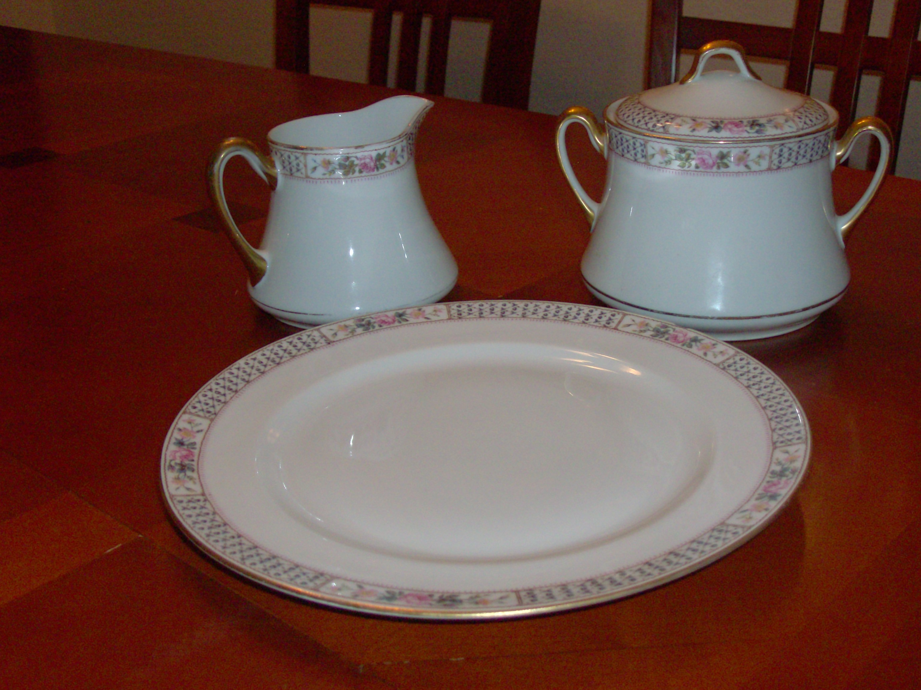 where can i sell my antique limoges dinnerware. Black Bedroom Furniture Sets. Home Design Ideas
