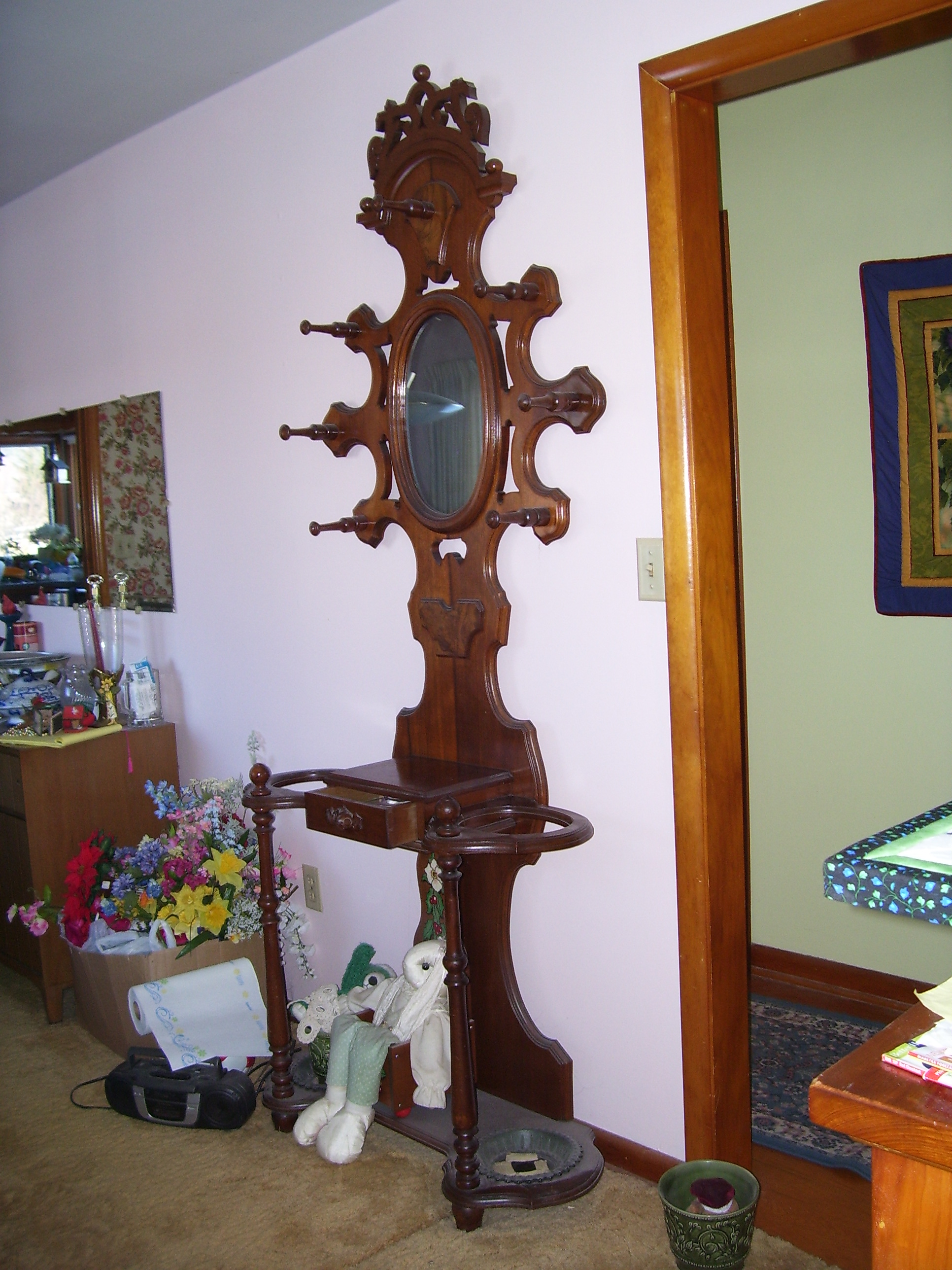 I Have A Hall Tree Stand Beveled Mirror Drawer Iron Drip