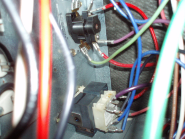 ar36 1 wiring diagram goodman ar36 discover your wiring diagram im not having any voltage between the r and c wires on the