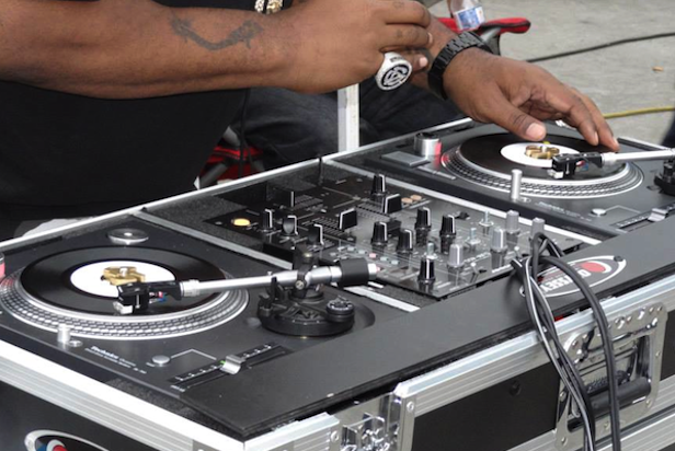 "Check out the world's only 7"" Technics turntables... which are owned by Biz Markie"