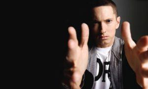 Eminem reveals Marshall Mathers LP 2 tracklist, features Kendrick Lamar, Rihanna