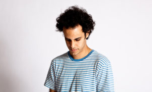 Watch Four Tet make a beat using only samples from Michael Jackson's 'Thriller'