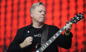 Joy Division/New Order member Bernard Sumner to publish autobiography, Chapter and Verse