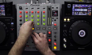 Watch Pioneer's new CD-free, USB-only XDJ-1000 in action