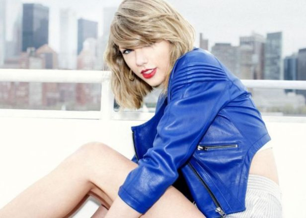 Taylor Swift responds to photographer who accused her of hypocrisy over Apple Music