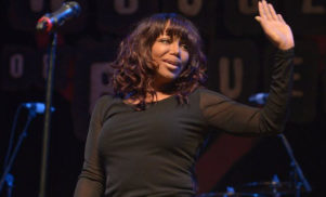 """Dr. Dre's former girlfriend Michel'le says his apology is """"insincere"""""""