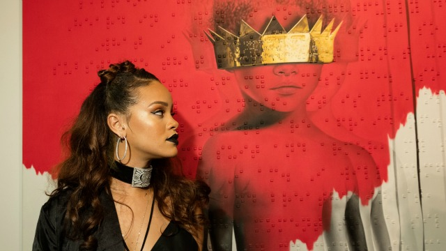 Rihanna hits out after S&M censored by BBC