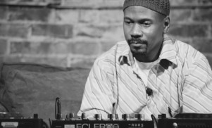 Larry Heard releases two remixes as Mr. Fingers on L.I.E.S