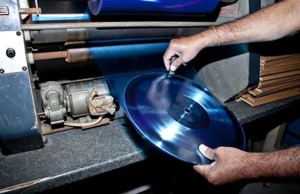 Australia to open new vinyl press plant this year