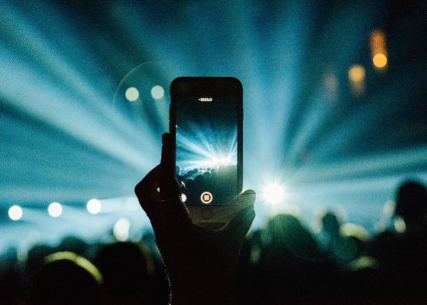 Apple granted patent that could block iPhones from taking photos at concerts
