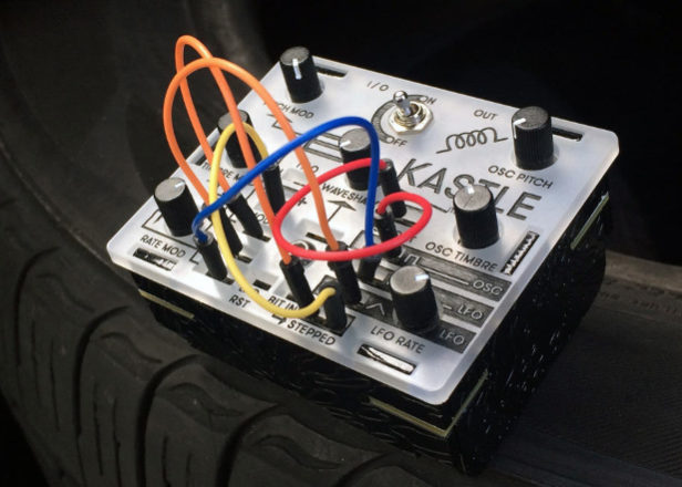 This pocket-sized modular synth runs off three AA batteries
