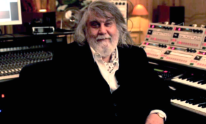 Vangelis announces remastered 13-album box set Delectus