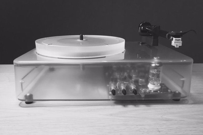 "This ""future analog"" turntable lets you make a Spotify playlist from your record collection"