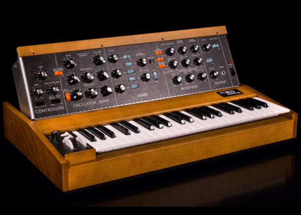Behringer is building a budget clone of the Minimoog