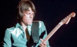 'Centerfold' guitarist J. Geils found dead at age 71