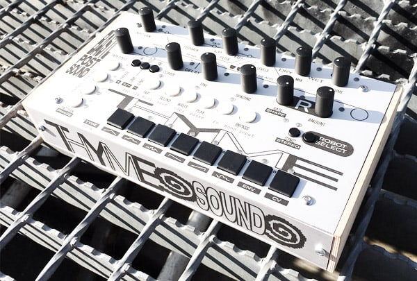 """Bastl Instruments' Thyme is a """"robot-operated"""" digital tape effect"""