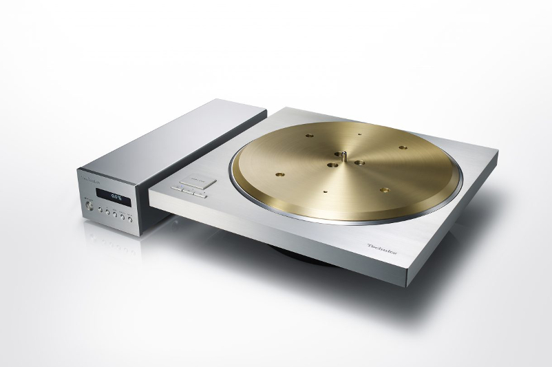 Technics Unveils Premium SP-10R Turntable
